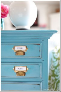 Turquoise-Furniture-Makeovers-with-Chalk-Paint_thumb
